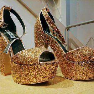 Steve Madden bronze studied heels